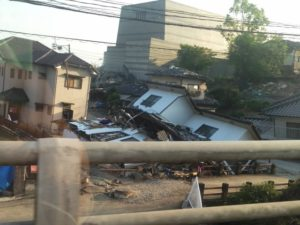 地震 1階倒壊