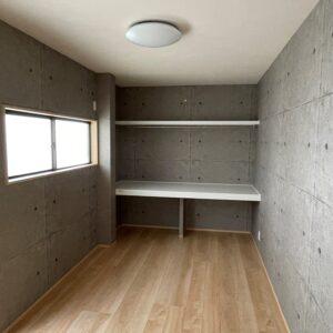 居室・収納棚